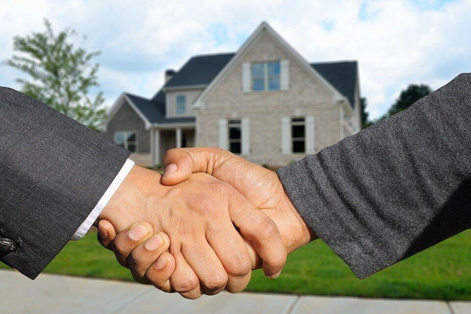 Umowa przyrzeczona. Czym jest umowa przenosząca własność?